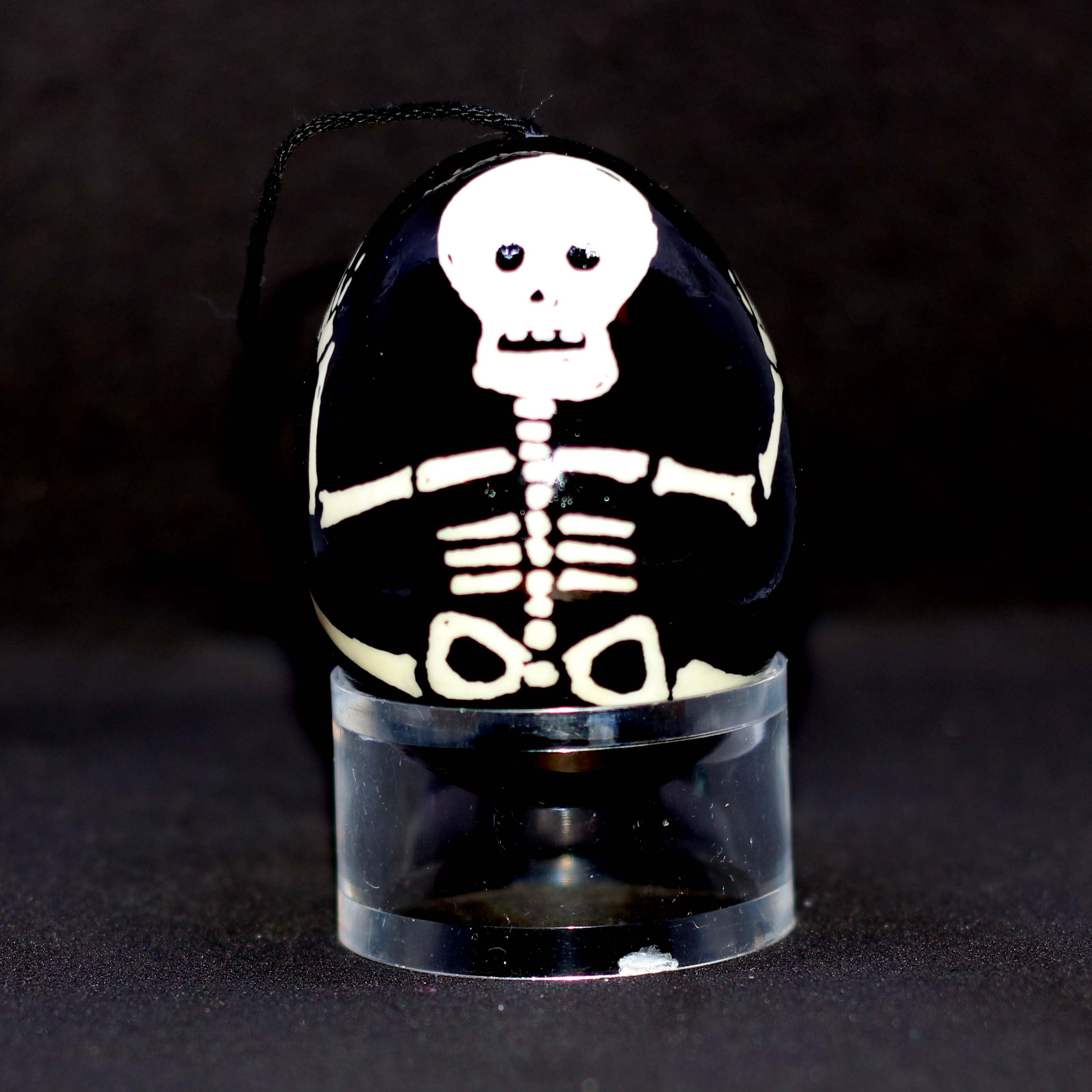 Skeleton egg