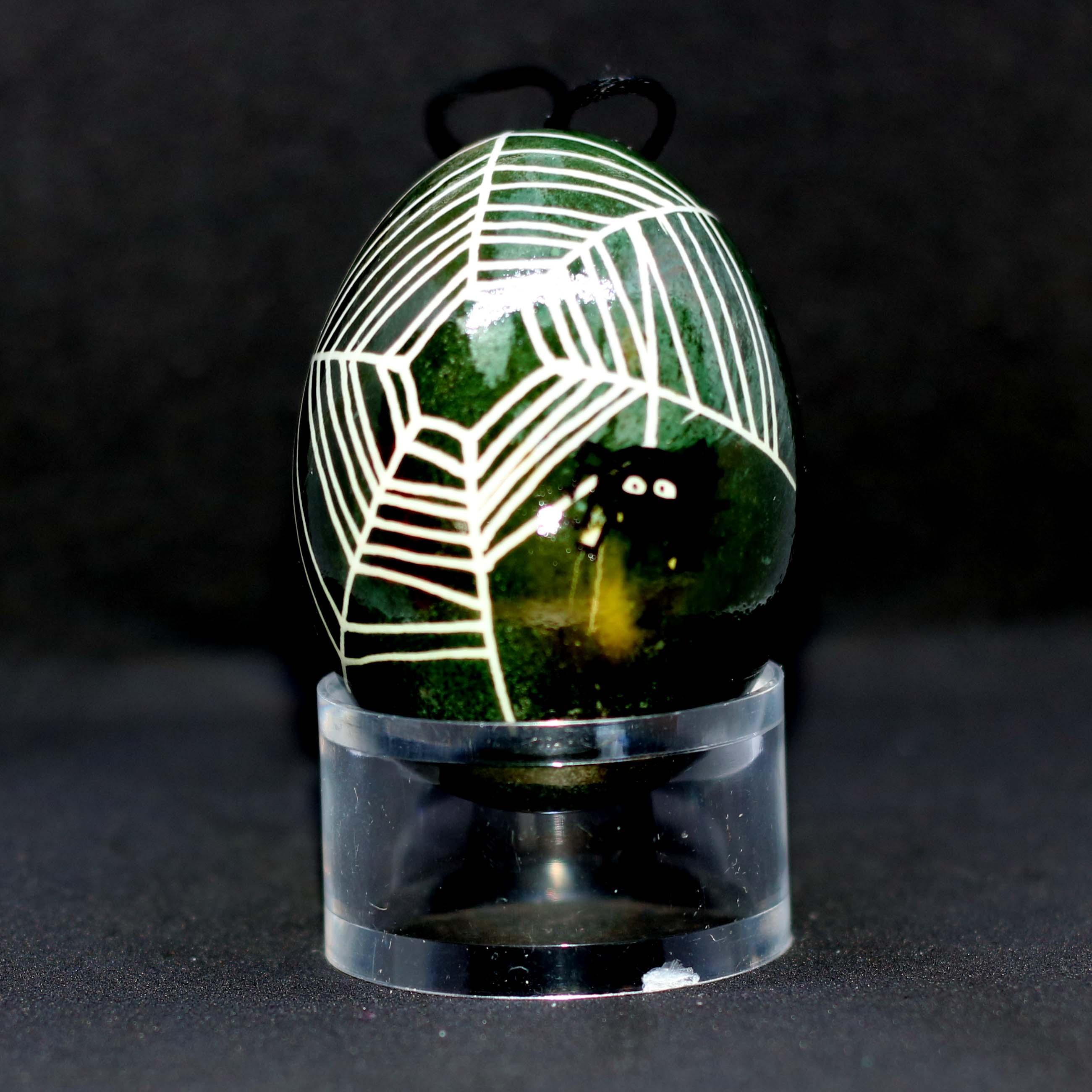 Egg_spider_green_1